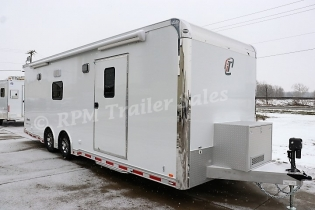 26' inTech Aluminum Trailer with Full Bathroom Package
