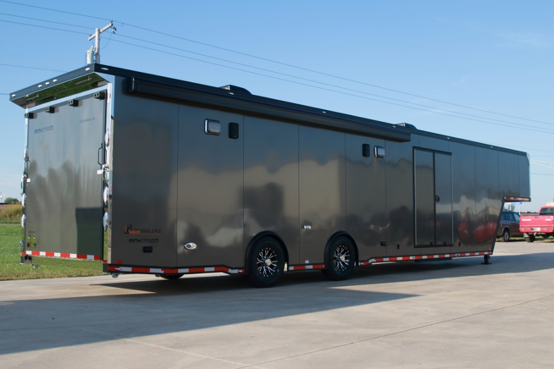 Race Car Trailers With Living Quarters Uk